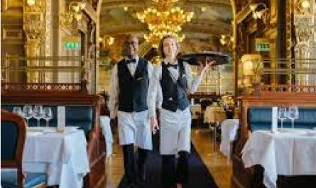 Restaurant Waiters